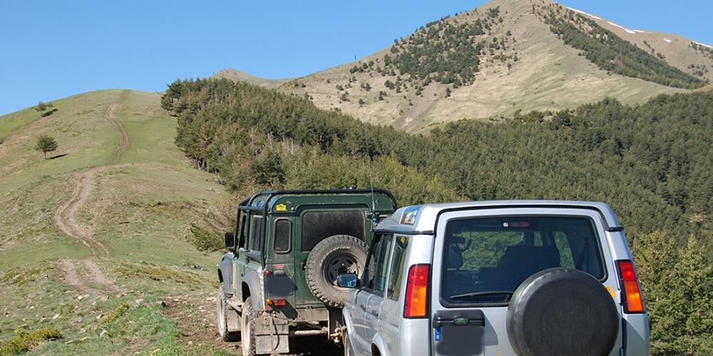 Pirineos, Land Rover Defender  Discovery