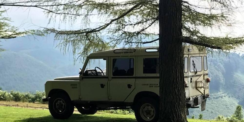 Land Rover Santana 109 Super,
